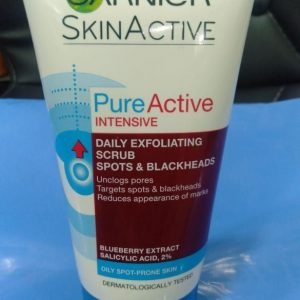 Pure Active Intensive Blackhead Exfoliating Face Scrub